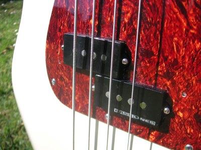 Fender Squier Precision Bass Seymour Duncan BassLines
